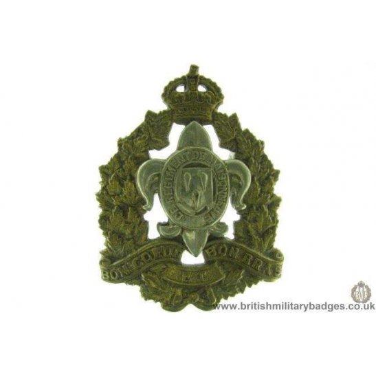 A1D/58 - Le Regiment De Maisonneuve Canadian Cap Badge
