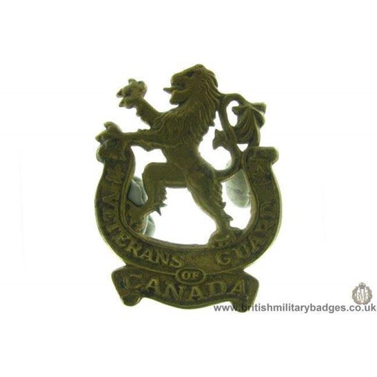 A1D/64 - Veterans Guard of Canada Regiment Canadian Cap Badge