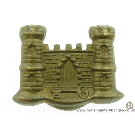 additional image for B1C/29 - The Royal Warwickshire Regiment Collar Badge