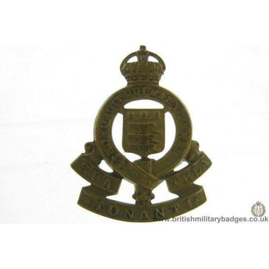 A1E/40 - 1947 Royal Army Ordnance Corps MOTTO Cap Badge - RAOC
