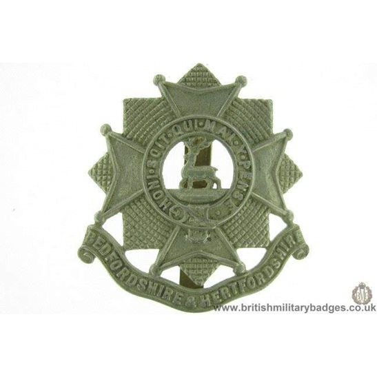 A1E/96 - Bedfordshire & Hertfordshire Regiment Cap Badge