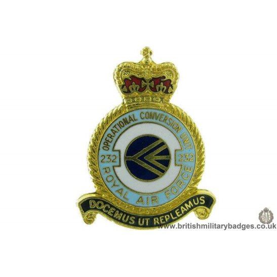 K1A/17 - 232 Squadron Royal Air Force OCU Unit RAF Lapel Badge