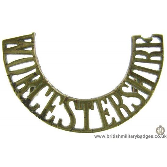 C1F/44 - Worcestershire Regiment Shoulder Title