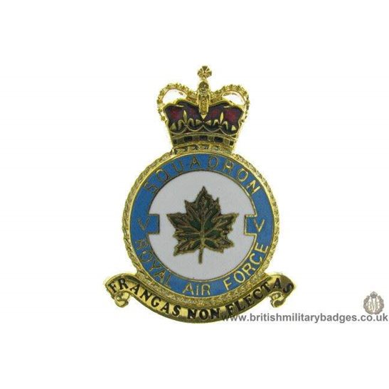 K1X/18 - 5 (V) Squadron RAF Royal Air Force PLAQUE Badge