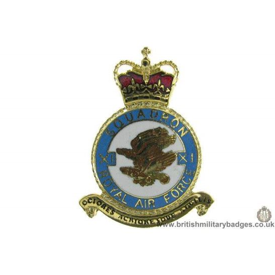 K1X/21 - 11 (XI) Squadron RAF Royal Air Force PLAQUE Badge