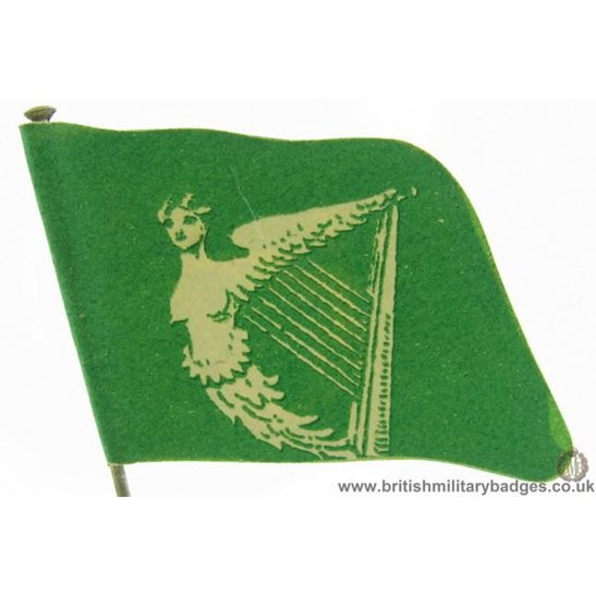 K1B/52 WW1 Irish Soldiers Ireland Flag Day Fundraising Pin Badge