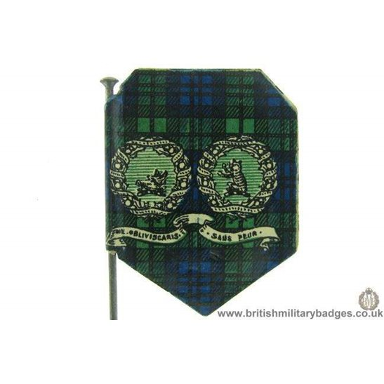 additional image for K1D/10 - WW1 Argyll & Sutherland Highlanders 1915 Flag Day Badge