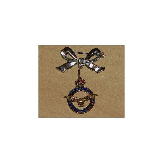 AA09/006 - Royal Air Force Sweetheart Brooch