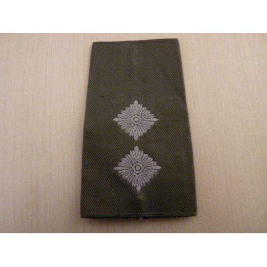 E55/045 - German Luftwaffe Cloth Epaulette Insignia Pips