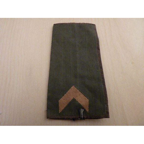 E55/046 -  Luftwaffe Cloth Epaulette Insignia Pips