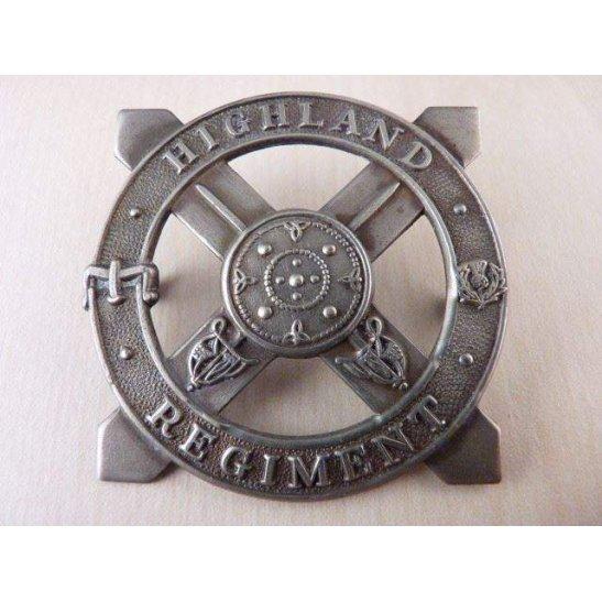 A55/006 - The Highland Regiment Cap Badge