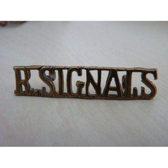 D55/044 - Royal Corps of Signals RCOS Shoulder Title
