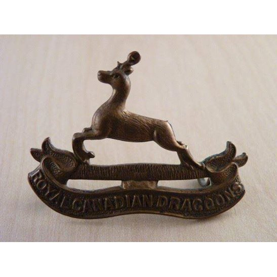 B55/024 -  Royal Canadian Dragoons Regiment Cap Badge