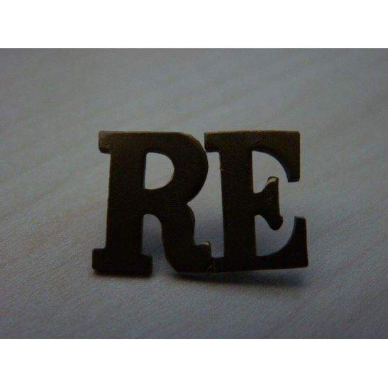 J55/010 - Royal Engineers RE Shoulder Title