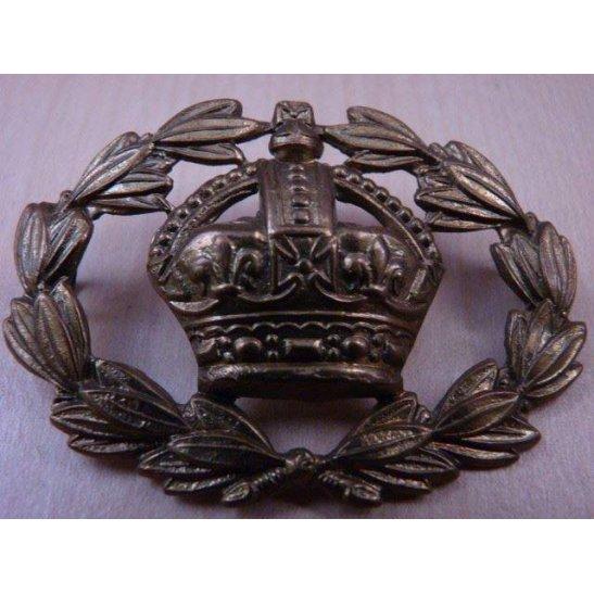 S55/025 - Warrant Officer's Arm / Sleeve Cap Badge