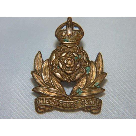 L55/196 - Intelligence Corps Collar Badge