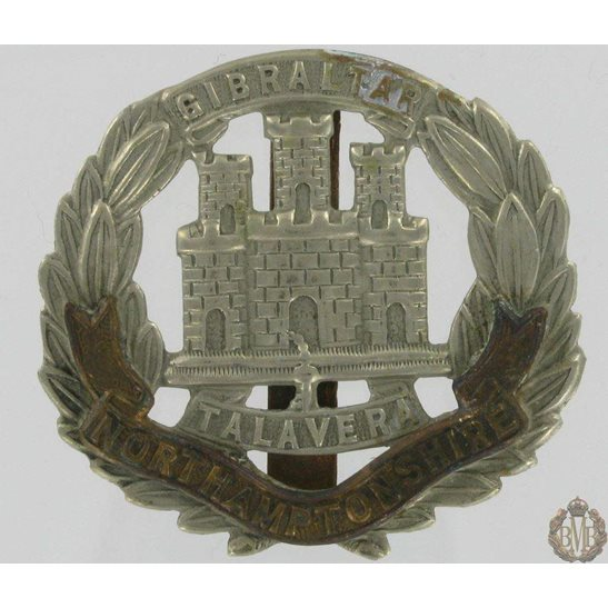 1A/034 - Northamptonshire Regiment Cap Badge - Northampton