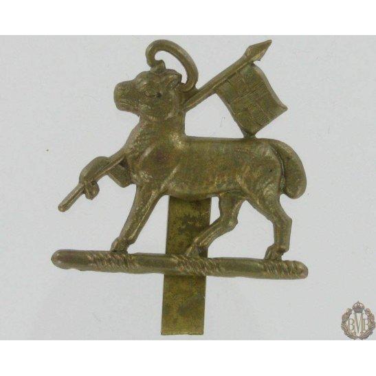 1A/065 - The Queen's West Surrey Regiment Cap Badge - Queens