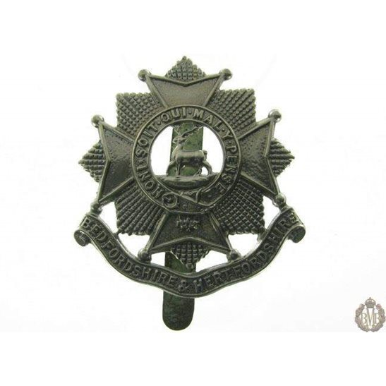 1B/003 - Bedfordshire & Hertfordshire Regiment Cap Badge