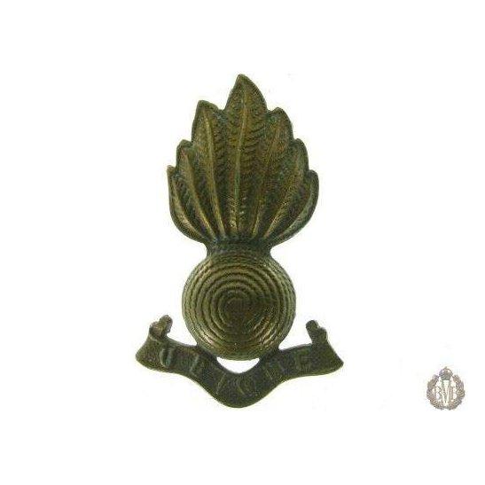 1C/035 - Royal Artillery Regiment RA Collar Badge