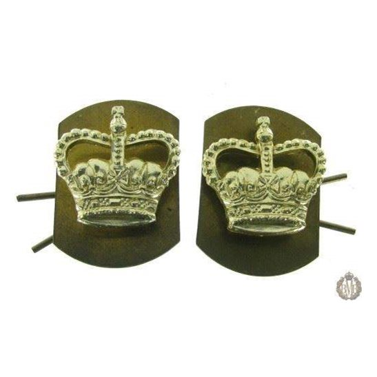 1C/039 - Officers Epaulette Crown Insignia Staybright Pip Pair