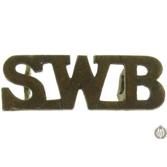1F/011 - South Wales Borderers Regiment SWB Shoulder Title