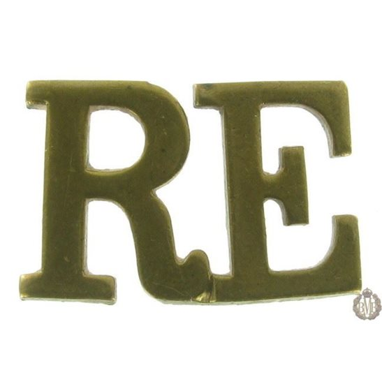 1F/095 - Royal Engineers RE Shoulder Title