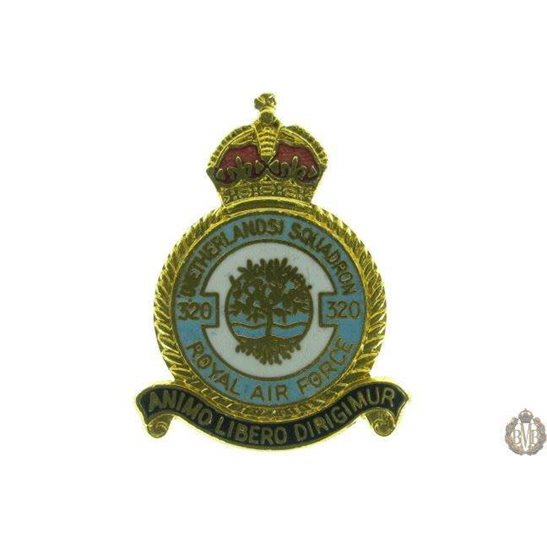 320 (Netherlands) Squadron Royal Air Force RAF Lapel Badge