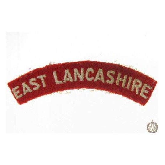 1I/145 - East Lancashire Regiment Cloth Shoulder Title