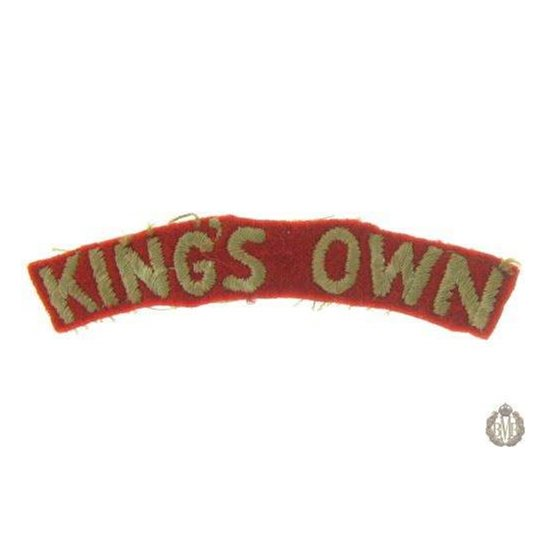 1I/146 -The Kings Own Regiment Small Cloth Shoulder Title King's