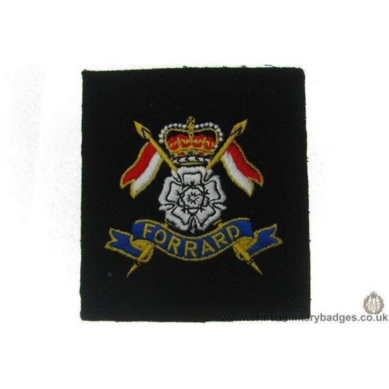 R1A/25 Queens Own East Riding of Yorkshire Yeomanry Blazer Badge