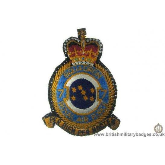R1A/88 - Royal Air Force 7 Squadron RAF Blazer Badge