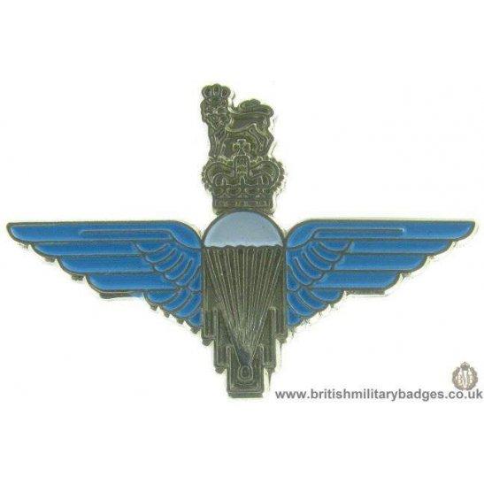 """S1A/94 - The Parachute """"Paras"""" Regiment Lapel Badge"""