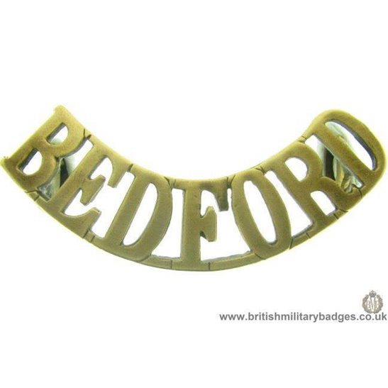 C1A/15 - Bedford / Bedfordshire Regiment Shoulder Title