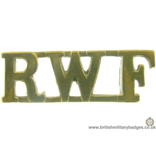 C1A/45 - Royal Welsh / Welch Fusiliers Regiment Shoulder Title
