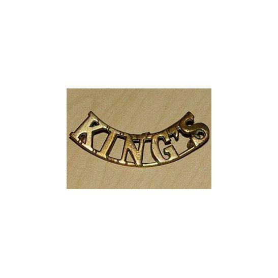DD09/104 - Kings Liverpool Regiment Shoulder Title