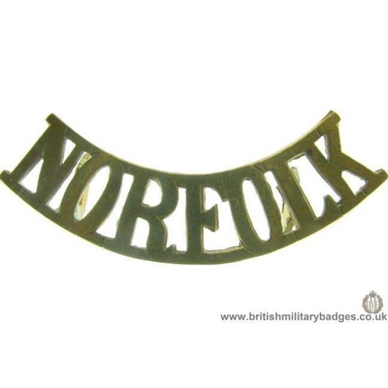 C1B/15 - Norfolk Regiment Shoulder Title