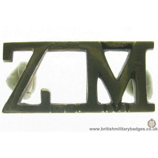 C1C/77 - UNKNOWN Commonwealth Regiment ZM Shoulder Title