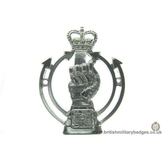 F1A/34 - Royal Armoured Corps RAC Staybrite Cap Badge