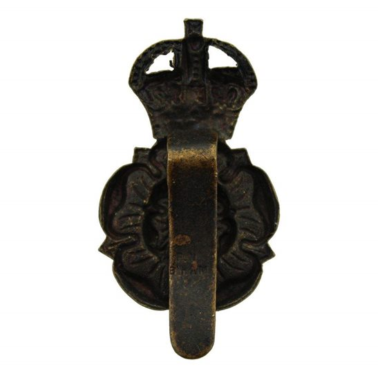 additional image for WW1 Queens Own Yorkshire Dragoons Yeomanry Regiment Cap Badge - F.N. B'HAM