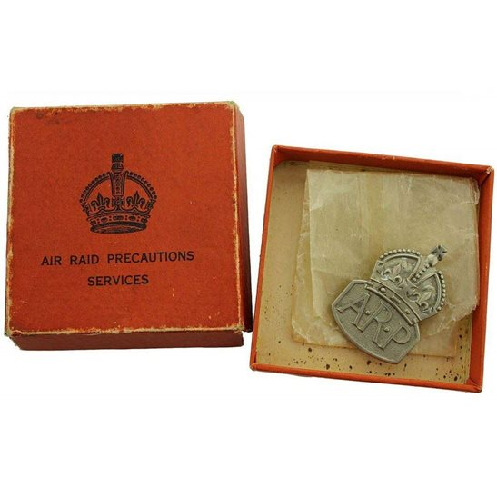 Air Raid Precautions ARP WW2 ARP Warden (Air Raid Precautions) Silver Lapel Badge & BOX - MENS