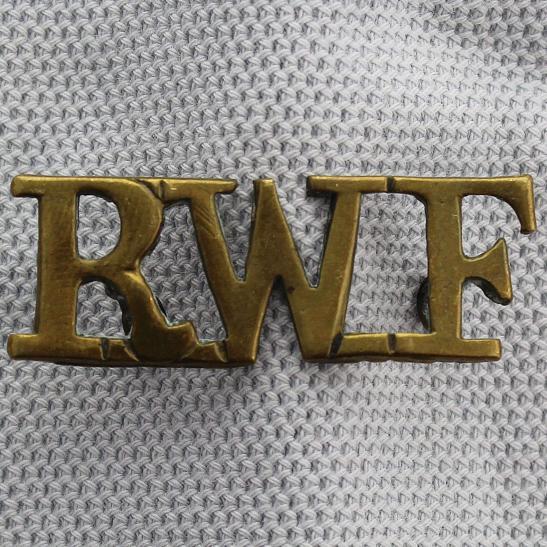 The Royal Welsh Regt Shoulder Titles