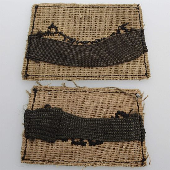 additional image for WW2 Queens Royal West Surrey (Queen's) Regiment Cloth SLIP ON Shoulder Title Badge Flash PAIR