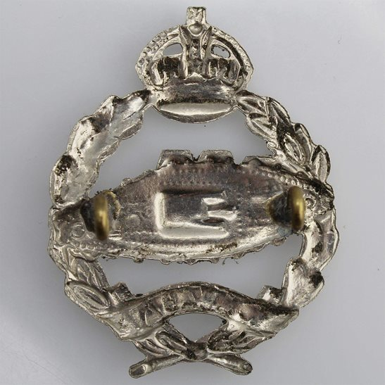 additional image for WW2 Canadian Tank Corps Regiment CEF Cap Badge
