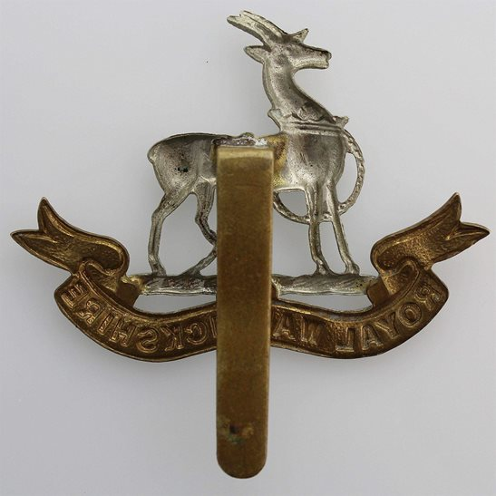 additional image for WW2 Royal Warwickshire Regiment Cap Badge