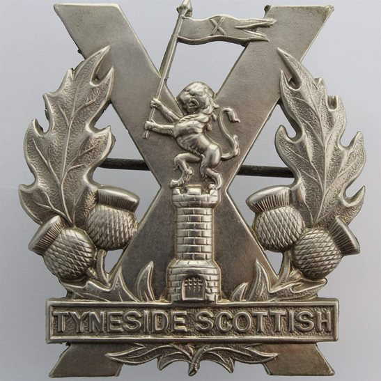Tyneside Scottish WW1 Tyneside Scottish Regiment Cap Badge - PIN MECHANISM VERSION