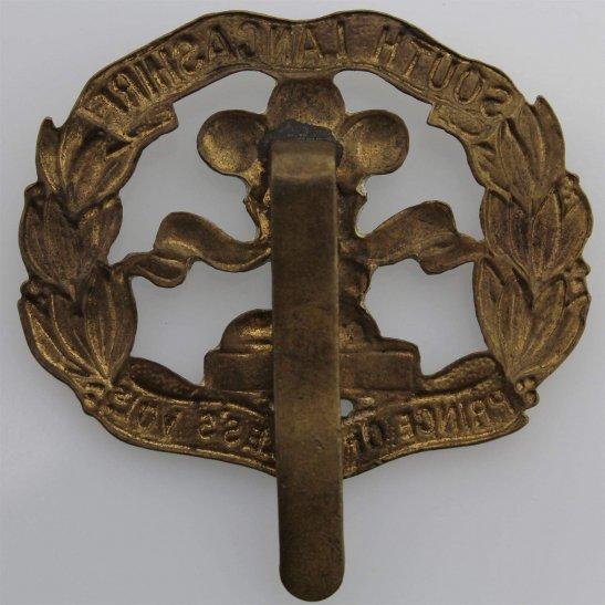 additional image for WW1 South Lancashire Regiment Cap Badge