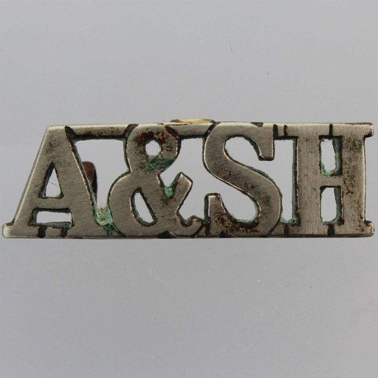 Argyll and Sutherland Highlanders Argyll & Sutherland Highlanders Regiment Scottish PIPERS White Metal Shoulder Title
