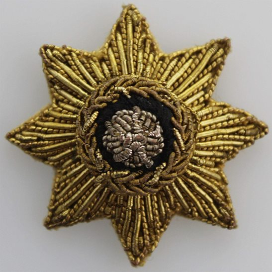 East Yorkshire East Yorkshire Regiment OFFICERS Bullion DRESS Collar Badge