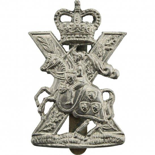 Fife and Forfar Yeomanry Fife and Forfar Yeomanry / Scottish Horse Regiment Cap Badge - Queens Crown